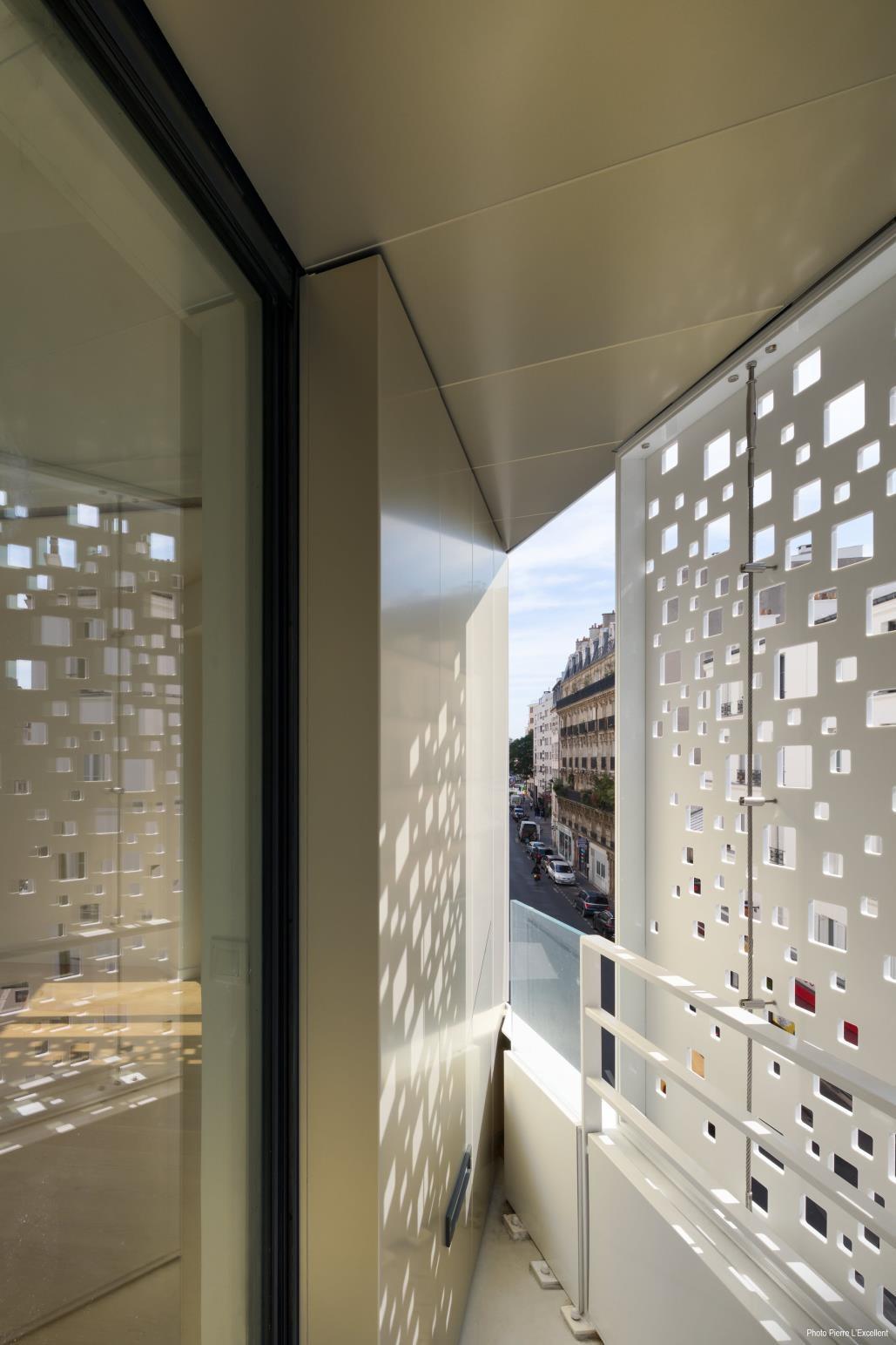 Corian Solid Surface Fur Fassade Und Dach Eine Innovative